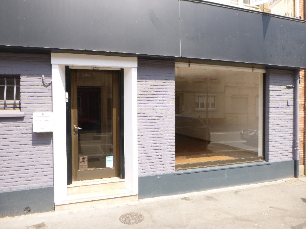 ST OMER CENTRE - Local commercial  55 m2